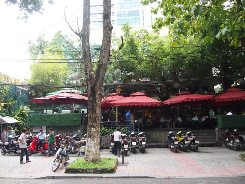 Windows 4 Cafe: Ho Chi Minh City